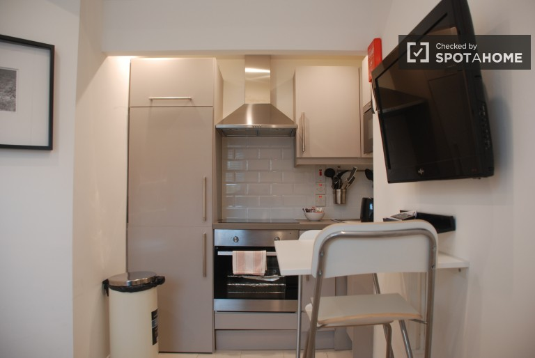 Stylish Studio Apartment to rent in Downtown Dublin - Utilities Included