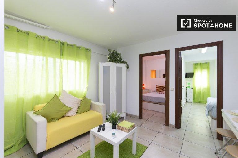 2-pokojowe mieszkanie do wynajęcia w Chamartín, Madryt