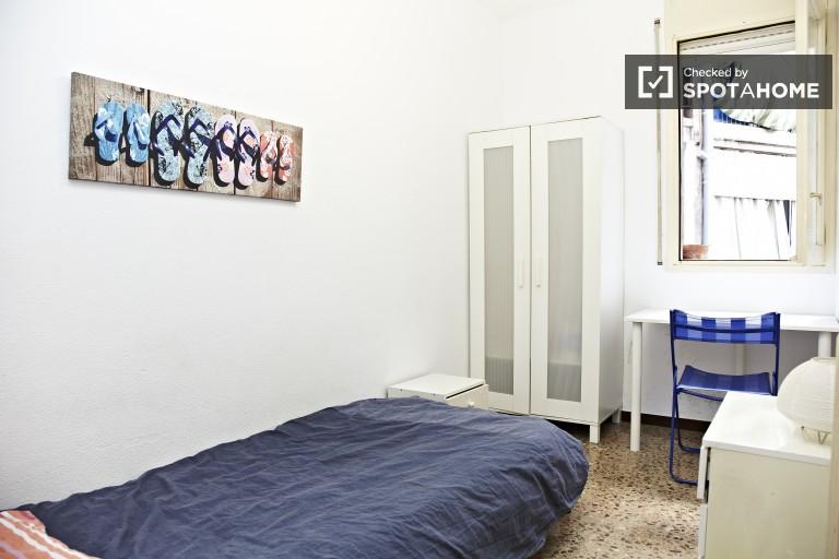 Interior Double bedroom 2
