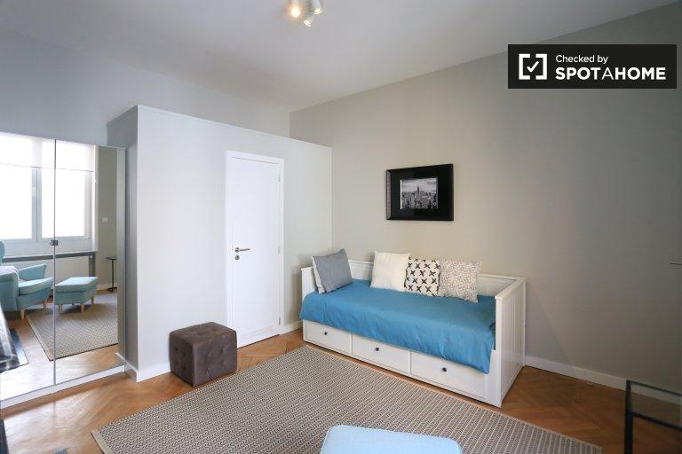 Pokój do wynajęcia w apartamencie z 4 sypialniami w dzielnicy europejskiej