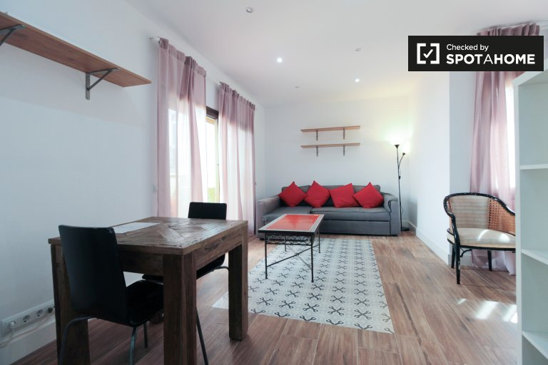 Modny apartament typu studio do wynajęcia w Poble Sec, Barcelona