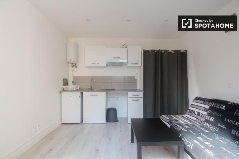 Studio apartment for rent in Asnieres sur Seine, Paris