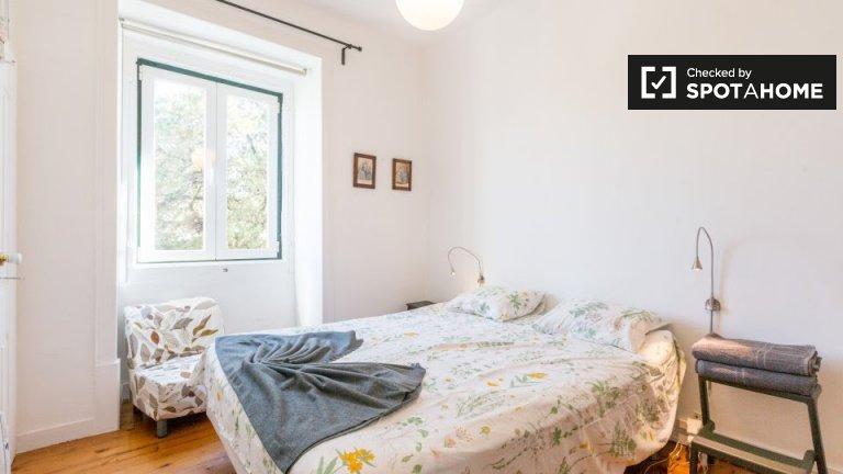 Stylowy pokój w domu z 4 sypialniami w Carnaxide w Lizbonie