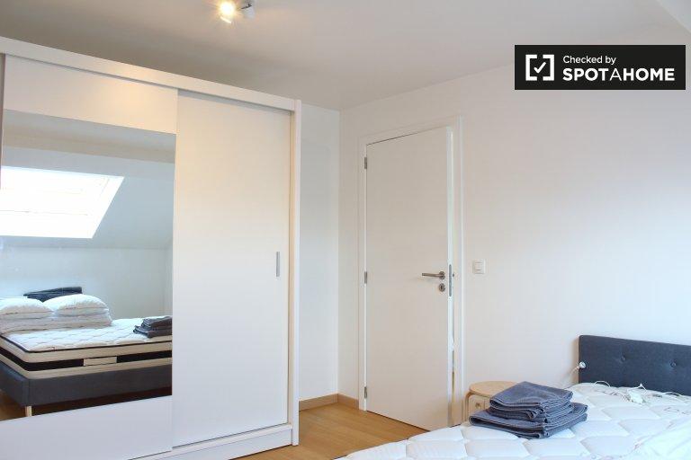 Möbliertes Zimmer in 3-Zimmer-Wohnung Schaerbeek, Brüssel