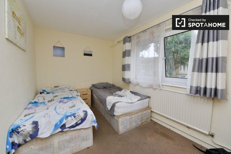 Salle de détente dans un appartement partagé à Tower Hamlets, Londres