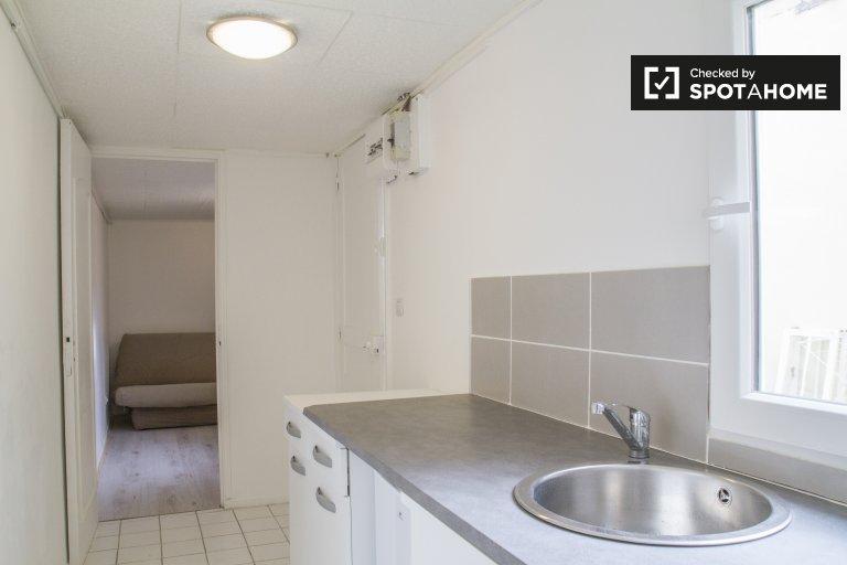 Cosy studio apartment for rent in Asniéres-sur-Seine, Paris