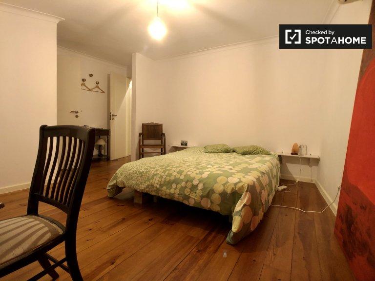 Camera doppia in affitto, appartamento con 3 camere da letto, Penha de França