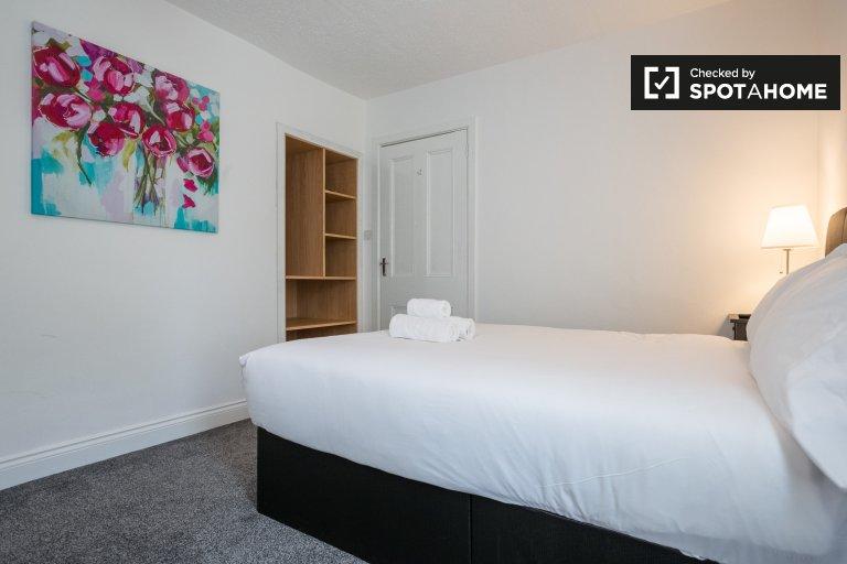 Quarto moderno em casa de 8 quartos em Drumcondra, Dublin