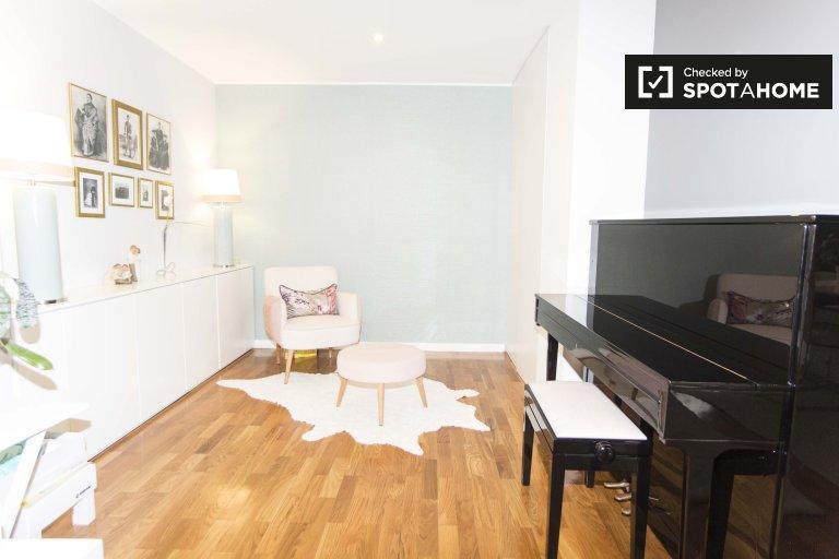 3-bedroom apartment for rent in Lumiar, Lisbon