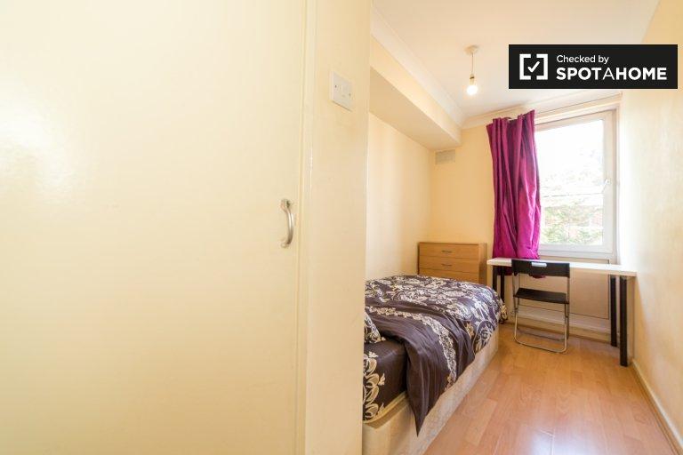 Gemütliches Zimmer in 4-Zimmer-WG in Tower Hamlets, London