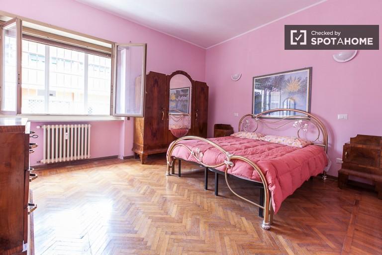 appartement de 3 chambres à louer à Garbatella, Rome