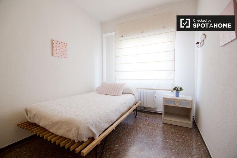 Gemütliches Zimmer zur Miete in 3-Zimmer-Wohnung in Móstoles Madrid