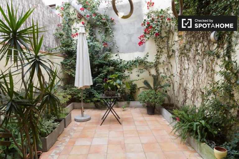 Casa de 2 quartos para alugar em Sant Martí, Barcelona