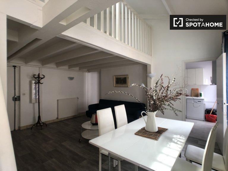 Big 2-bedroom apartment for rent in 18th arrondissement