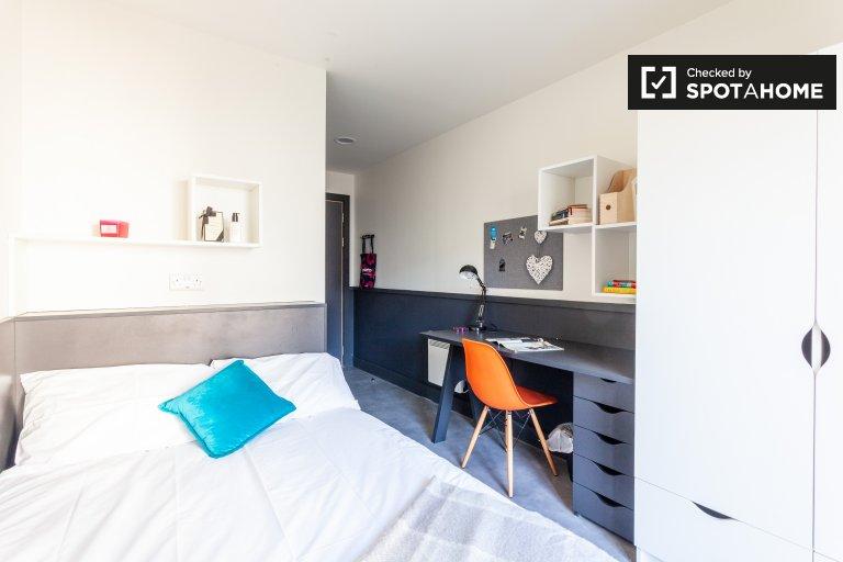 Room for rent in residence hall in Stoneybatter, Dublin