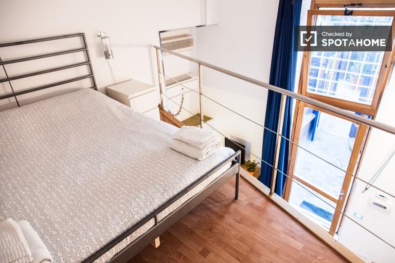 Gemütliches Studio-Apartment zur Miete mit AC in Moteverde, Rom
