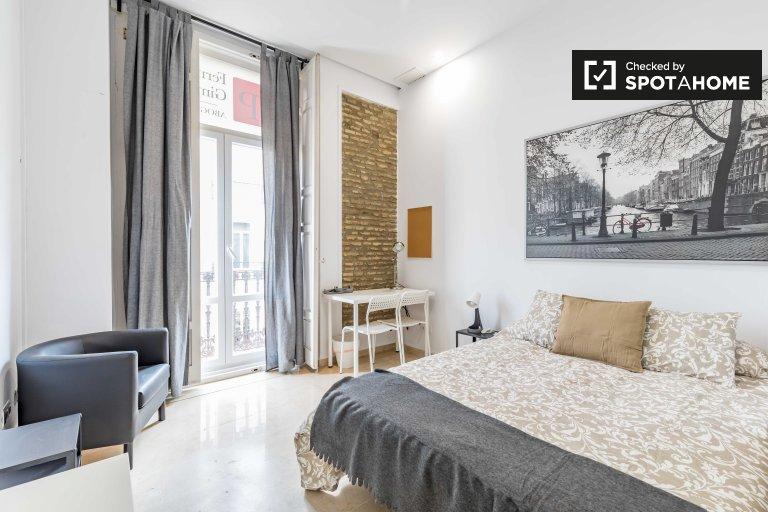 Enorme habitación en alquiler en Ciutat Vella, Valencia