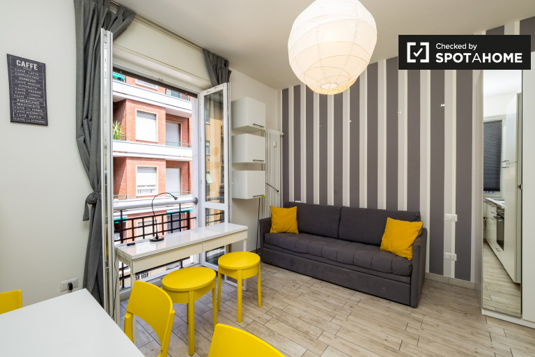 Elegante estudio en alquiler con balcón en Città Studi