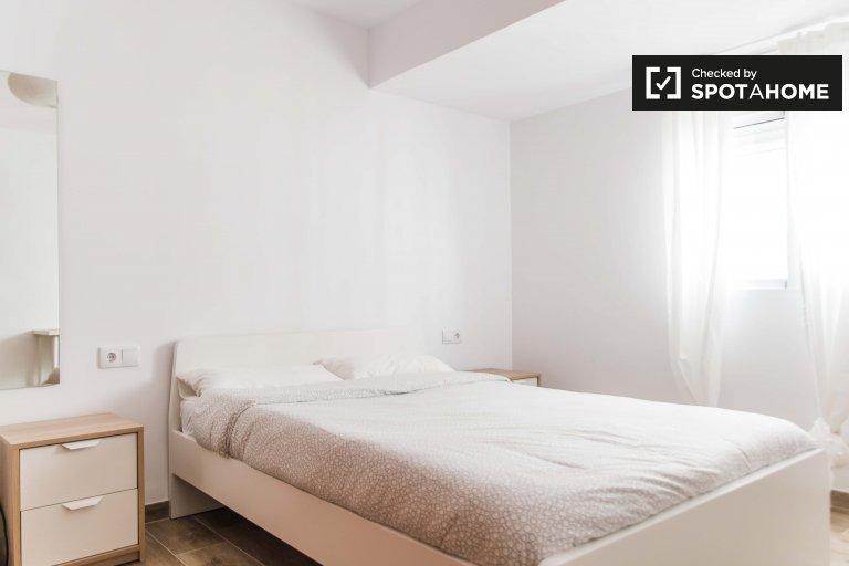 Ensolarado quarto, apartamento de 3 quartos em Camins al Grau, Valência