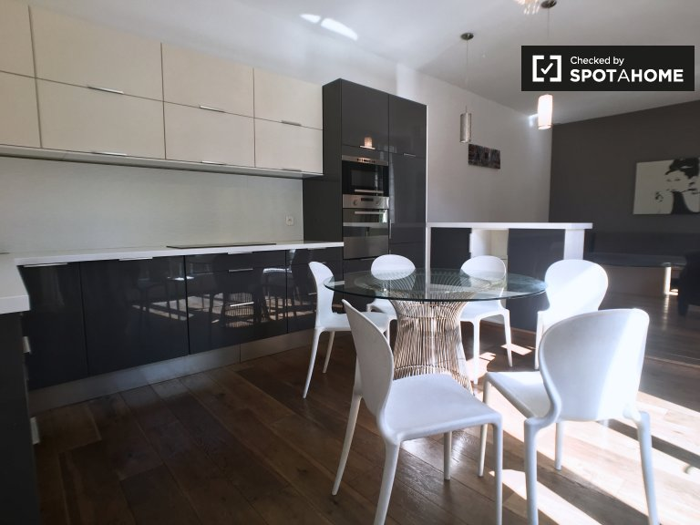 Spacious 3-bedroom house for rent in Boulogne, Paris