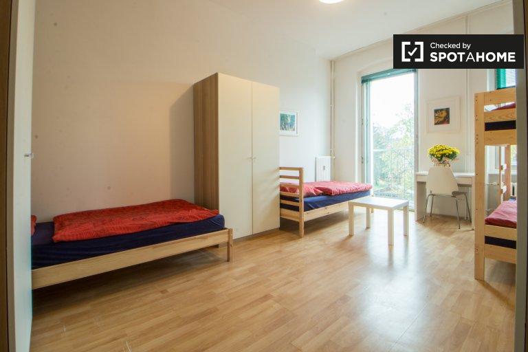 Bunk Beds in Beds for rent in modern 2-bedroom apartment in Neukölln
