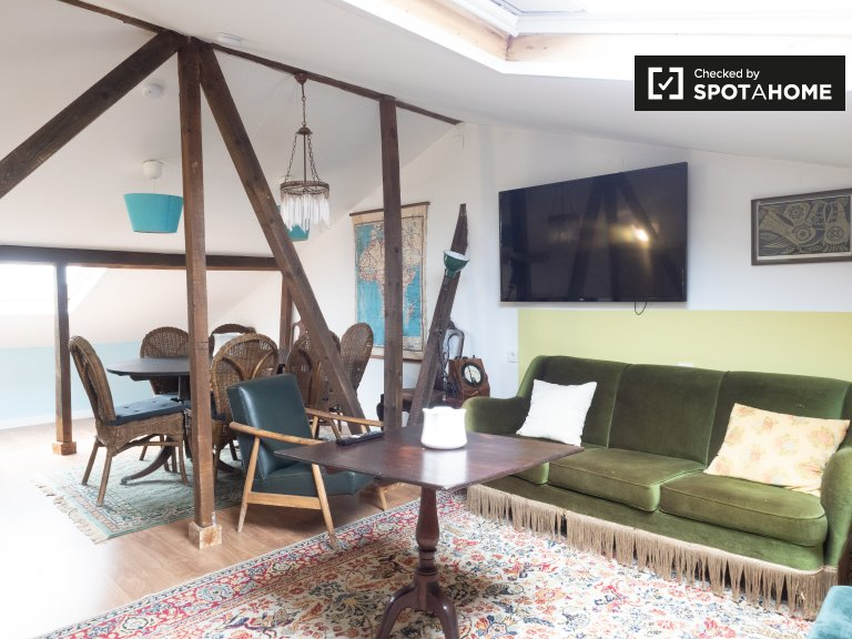 2-bedroom apartment for rent in Estrela