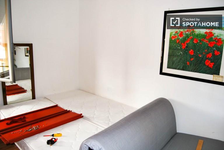 Renovated 1 bedroom apartment next to Politecnico di Milano