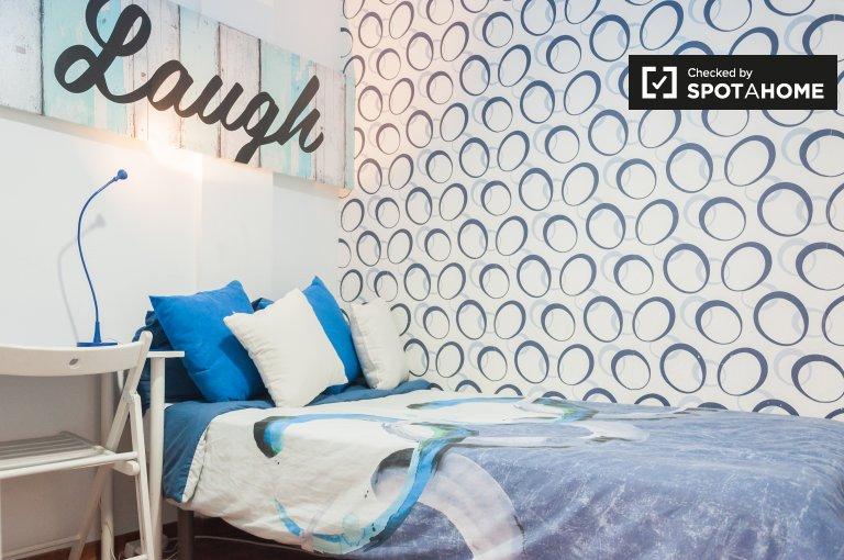 Zimmer zu vermieten in 5-Zimmer-Wohnung in Alcalá de Henares