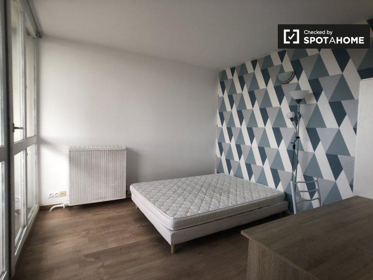 Spaziosa camera in affitto in appartamento con 4 camere da letto, Créteil