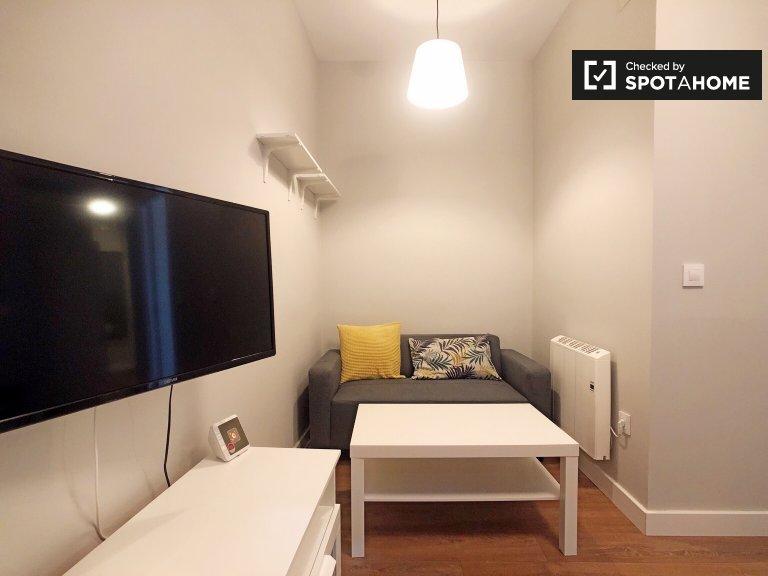 Apartamento de 2 dormitorios en alquiler en Lavapiés, Madrid