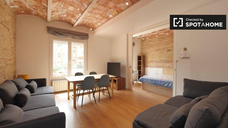 4-Zimmer-Wohnung zur Miete in Sant Antoni, Barcelona