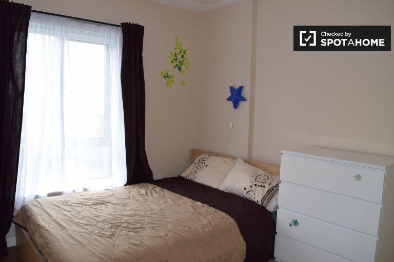 Chambre lumineuse à louer, maison de 3 chambres, Donaghmede