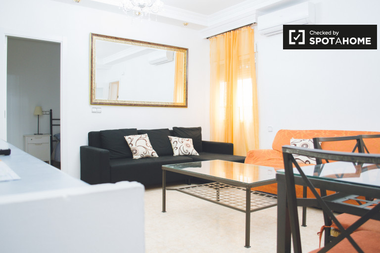 4-bedroom apartment for rent in Atocha area