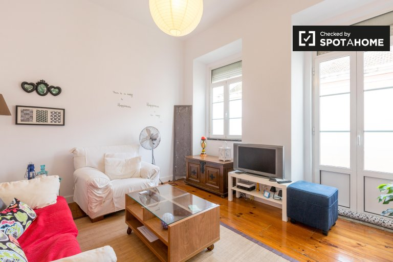 1-Zimmer-Wohnung zur Miete in Ajuda, Lissabon