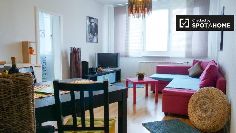 Apartamento com 2 quartos para alugar em Lichtenberg, Berlim