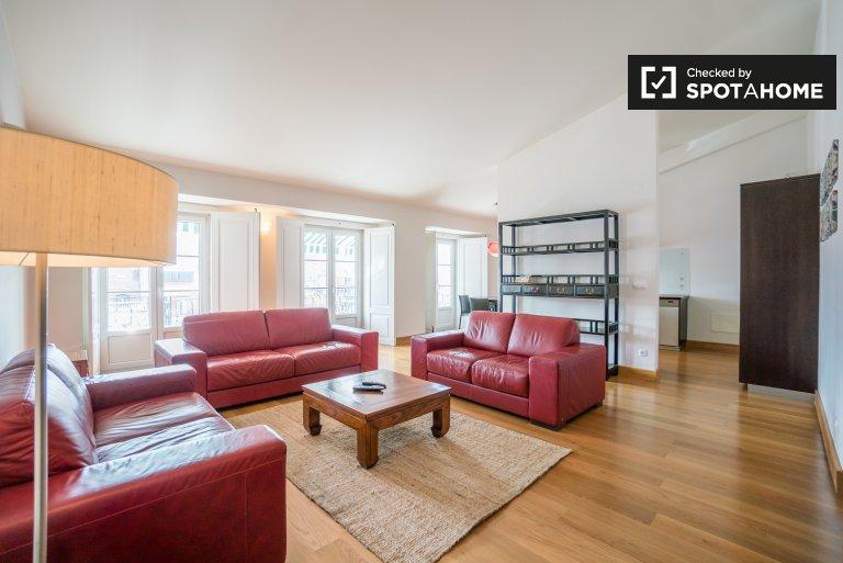 Chiado, Lisboa kiralık geniş 3 yatak odalı daire