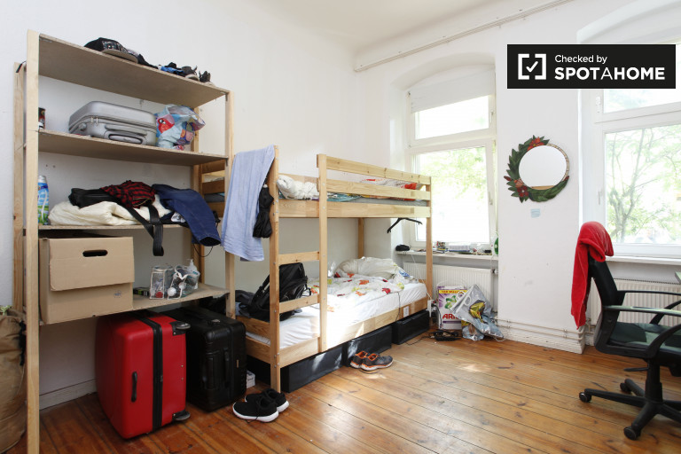 Bunk Beds in rooms for rent in flatshare near S-Bahn - Treptow-Köpenick, Berlin