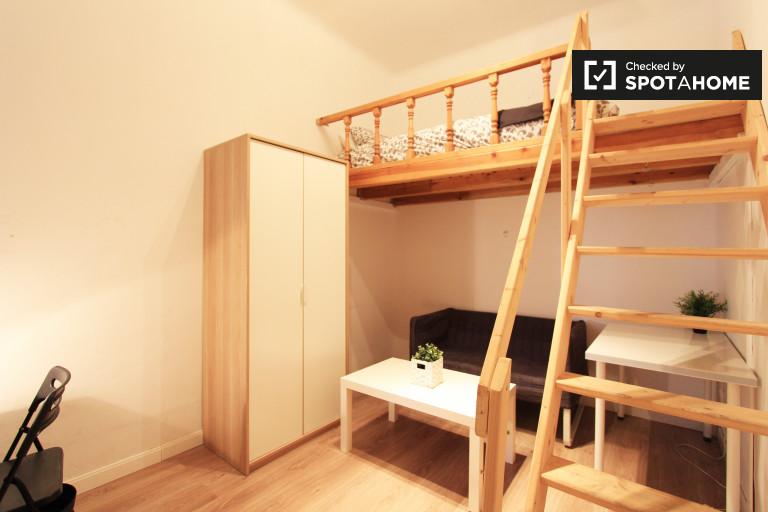 Bedroom 5 - funky bunk bed