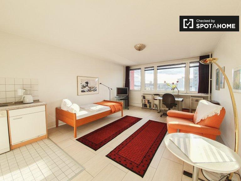 Stylish studio apartment for rent in Charlottenburg, Berlin