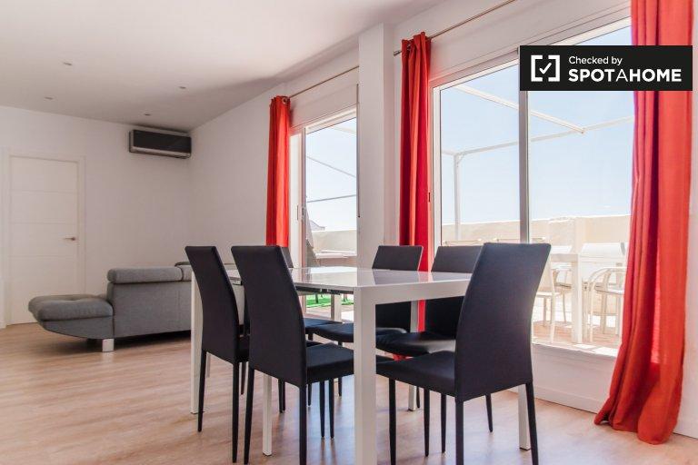 3-pokojowe mieszkanie do wynajęcia w Extramurs w Walencji