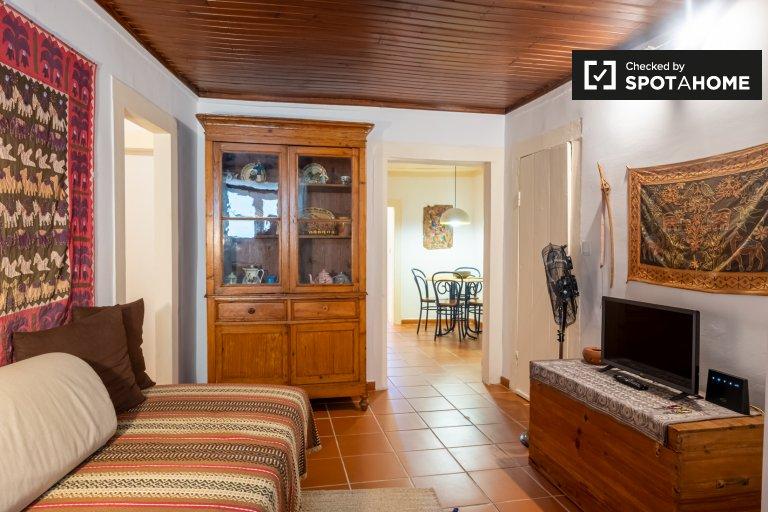 Traditionelle 2-Zimmer-Wohnung zur Miete in Bairro Alto