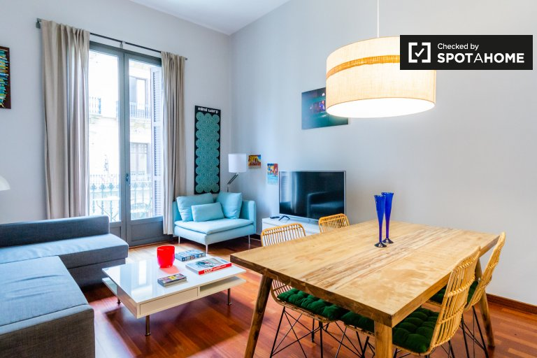 Apartamento de 2 quartos moderno para alugar em El Born, Barcelona