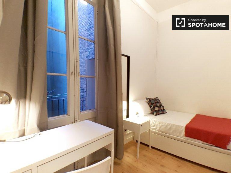 Gemütliches Zimmer zur Miete in Gràcia, Barcelona