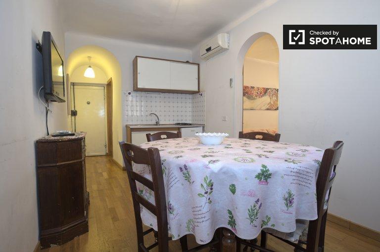 Cozy 1-bedroom apartment for rent in Campo di Fiori, Centro Storico