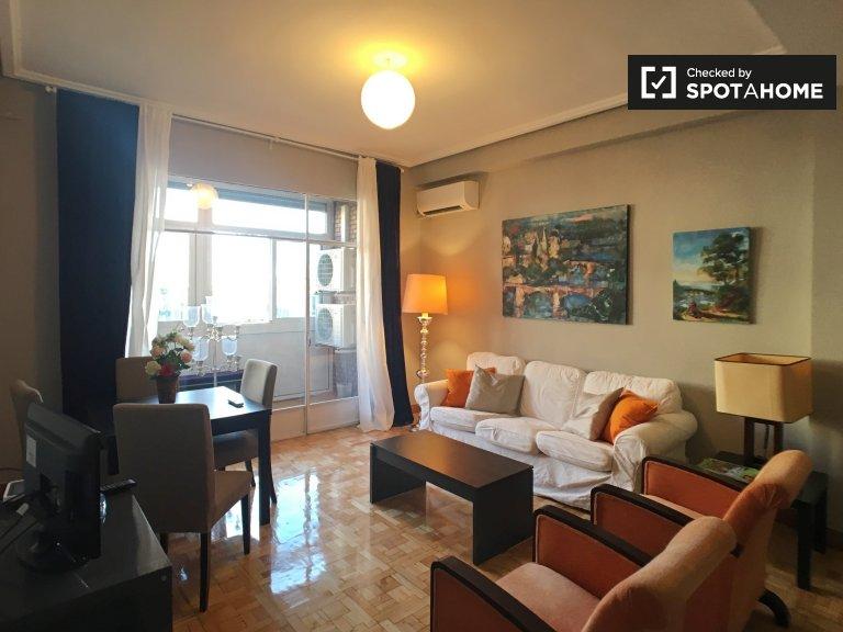 Apartamento de 4 quartos para alugar em Almagro and Trafalgar, Madrid
