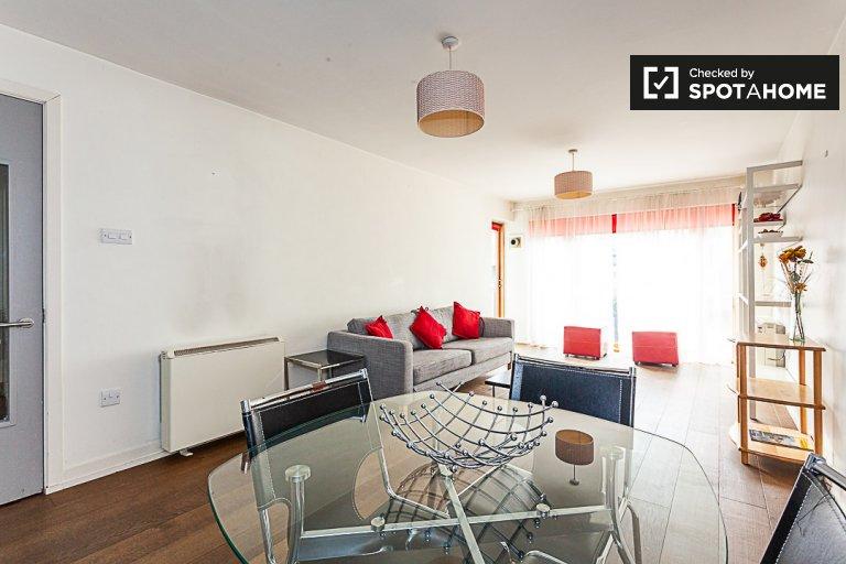Modne mieszkanie z 2 sypialniami do wynajęcia w dokach Silicon w Dublinie