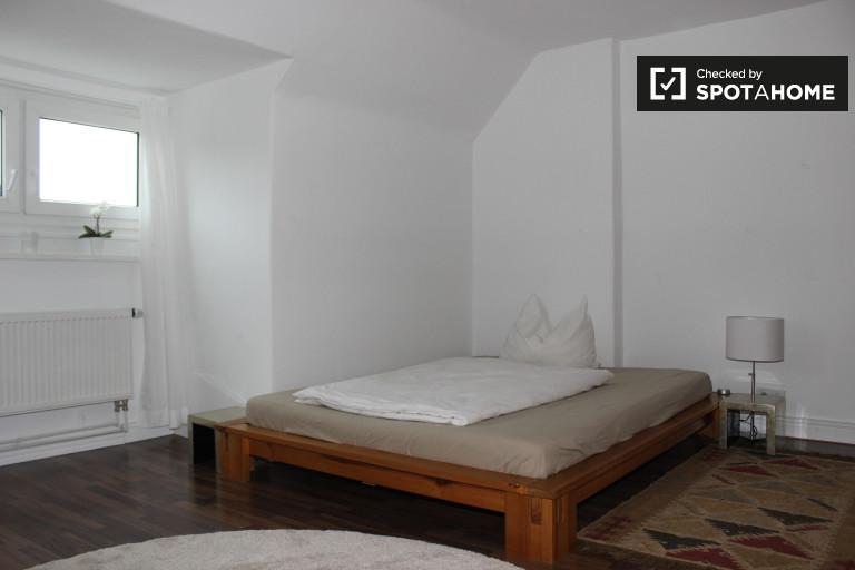 Moderno apartamento de 1 dormitorio en alquiler en Lichtenberg, Berlín
