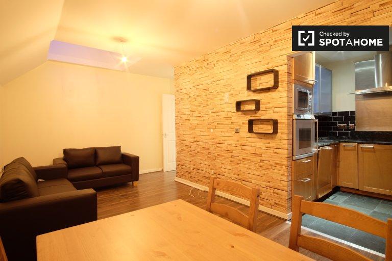 Stylowy 2-pokojowy apartament do wynajęcia w Edgware w Londynie