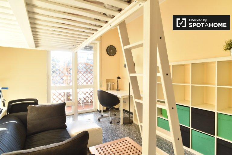 Zentraler Raum in der Wohnung in Villa, Rom