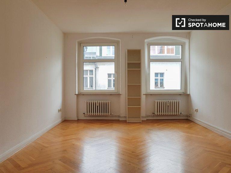 Quarto para alugar apartamento com 2 quartos Tempelhof- Schöneberg